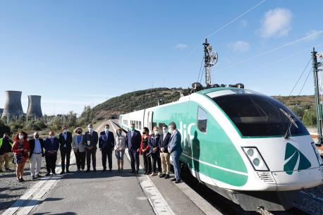 Tren llaboratoriu d'Adif prueba variante de Payares