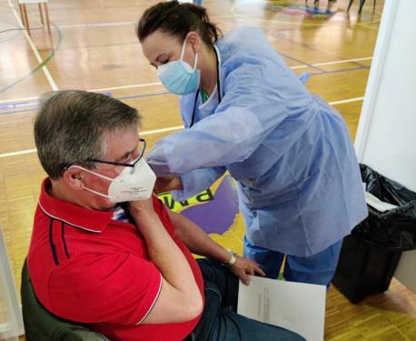 Vacunación a mayor de 70 años en Castrillón