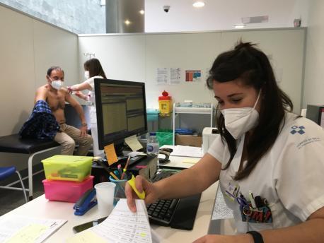 Vacunación AstraZeneca menores de 65 años