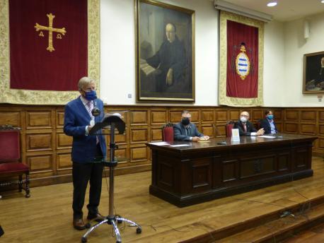 Xuan Xosé Sánchez Vicente nel XLI Día de les Lletres Asturianes