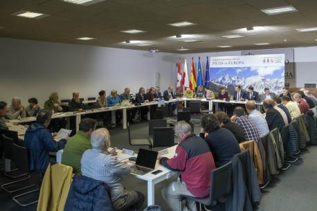 Xunta del patronatu del Parque de Picos en Santander