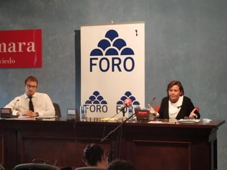 Adrián Pumares y Carmen Moriyón Comisión Direutiva Foro auditoría