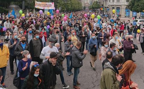 Manifestación oficialidá 16-O XDLA
