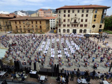 Mosaicu pola oficialidá XDLA XLII Día de les Lletres Asturianes