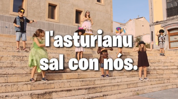 Videoclip 'L'asturianu sal con nós' VIII Día de la Reciella